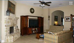 554 Mission Hill Run New Braunfels Texas 78132 - living room