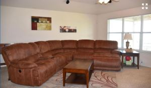 3717 Columbia Drive Cibolo Texas 78108 - living room