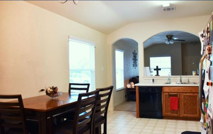 524-wind-murmur-new-braunfels-texas-78130-eat-in-area