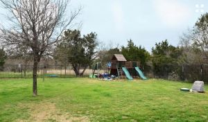 2667-trophy-point-new-braunfels-texas-78132-backyard