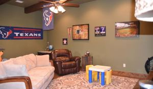 2667-trophy-point-new-braunfels-texas-78132-family-room
