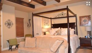 2667-trophy-point-new-braunfels-texas-78132-master-bedroom